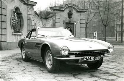 Ez meg egy összetört Jaguar D-Type-ból. 1953-as az alapja