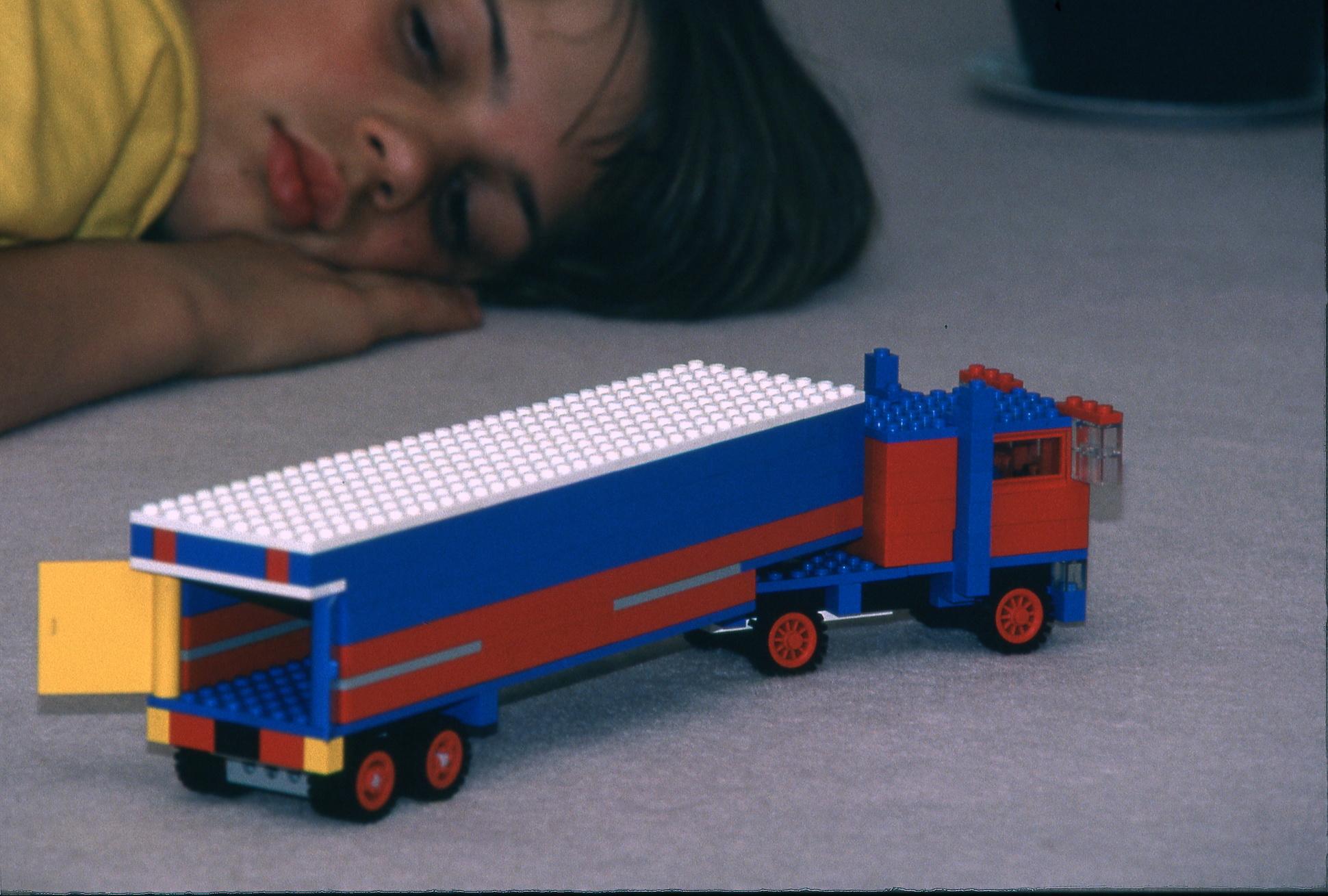 Sajnos már én is a Lego-generációból származom. Ez a kép valamikor 12 éves koromban készült